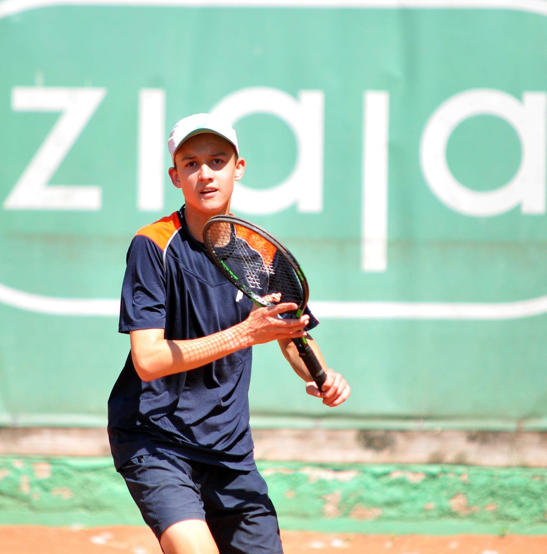 Tenis Filip Pieczonka